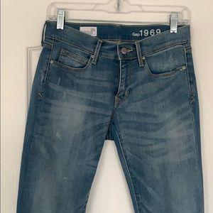 Gap light wash legging jean